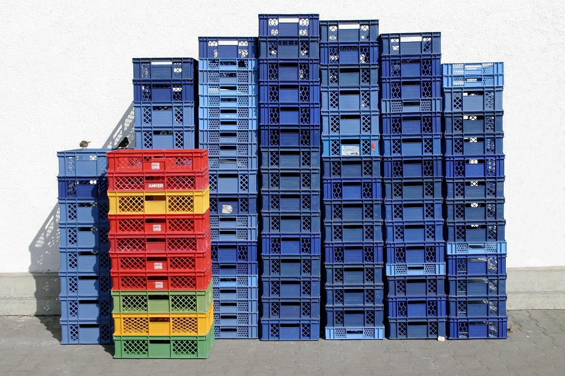 Ящики из пластика: какие выбрать и где купить?